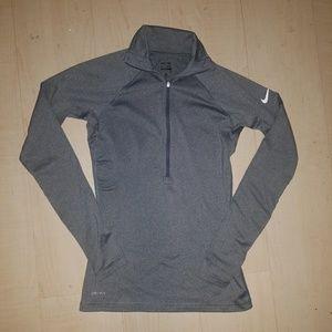 Nike pro half zip
